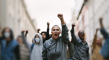 Czy marki powinny angażować się w protesty?